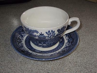 4 BRAND NEW  BLUE WILLOW CHINA  CHURCHILL CHINA made in ENGLAND cup & saucers