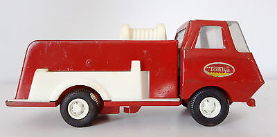 Vintage 1974 Tiny Tonka Red White Fire Truck / Water Pumper - # 595