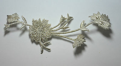 SILVER FLOWER TRIMMING Embroidered Sew Iron On Cloth Patch Badge APPLIQUE