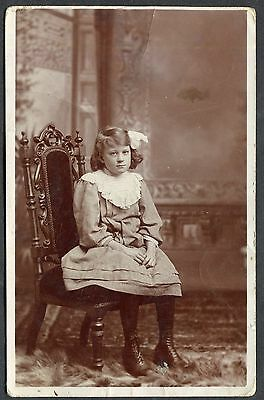 Posted 1910 from Gravesend - Photo of a Young Girl