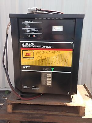 Fork truck lift charger K W Battery Input 220-440 . Single  24 Volts @25 Amp.