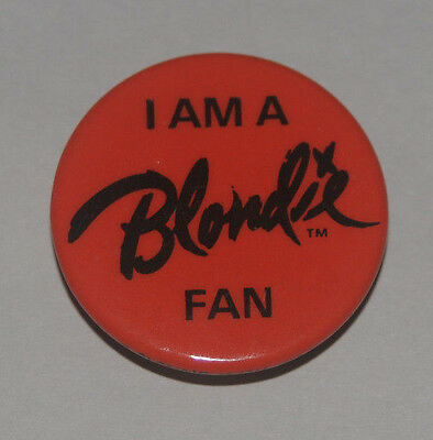 I Am A Blondie Fan Red vintage Button Fan Club Debbie Harry pinbacks badges pins