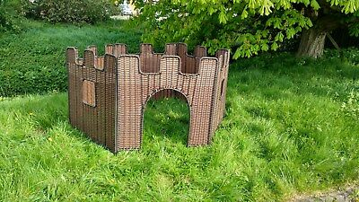 Plastic Wicker / Willow Castle 6 sided (1m x 1m sides) Factory Second!