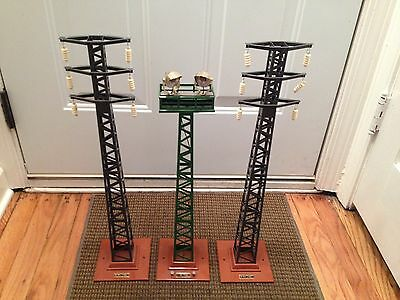 Mth Train Accessories # 94 High Tension Wire Towers & # 92 Dual Flood Light Lot
