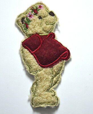 TEDDY BEAR & FLOWER GARLAND Embroidered Sew On Cloth Patch Badge APPLIQUE