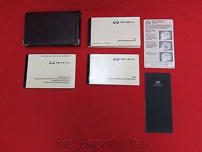 2000 Infiniti I30 Owners Manual with Case