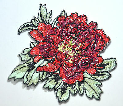 RED FLOWER BLOOM DAISY   Embroidered Sew Iron On Cloth Patch Badge APPLIQUE