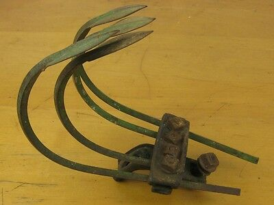Antique Garden Cultivator Tool Head ONLY 4 Tine Rusty Farm Weeder old vintage