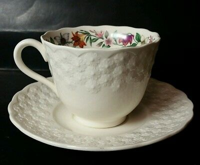 """Spode England """"canadian Provincial Flowers"""" Cup & Saucer - Excellent Condition"""