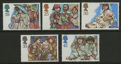 Great Britain   1994   Scott #1581-1585    Mint Never Hinged Set