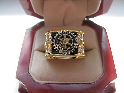 """Superb NEW! Gold Mens """"Rotary Club"""" CREST Ring"""