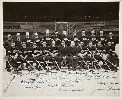 Detroit Red Wings 1936-1937 Team Signed 10X8 Photo!  Stanley Cup Championship