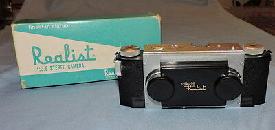 Realist Stereo Graphic 3-C Camera in Box - C2809