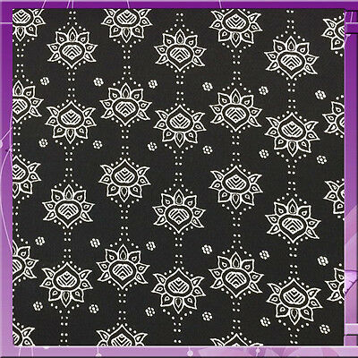 97 Polyester 3 Spandex Boho 58  60 Inches Wide Sold Bty White / Black