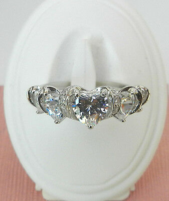 Good quality 925 sterling silver  heart Cubic Zirconia engagement ring