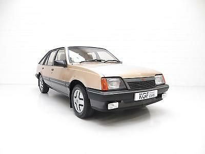 A Virtually Extinct Vauxhall Cavalier Mk2 SRi with 37,394 Miles and Two Owners