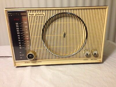 Zenith High Fidelity FM/AM Tube Radio Automatic Frequency Control S-53555 H845