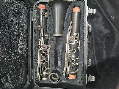 Noblet Paris 27 Woodden B flat Clarinet w/case