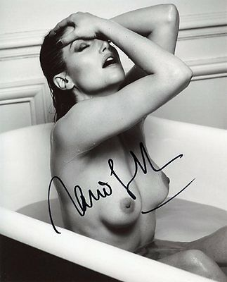 AUTOGRAPHE SUR PHOTO SEXY 20 x 25 de Marie GILLAIN (signed in person)
