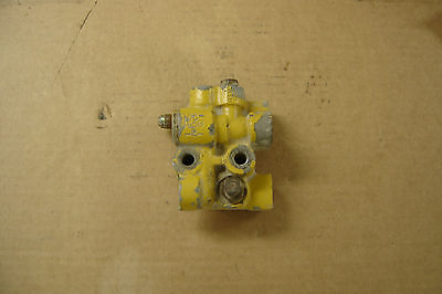 Caterpillar 3406E Fuel Manifold 1034656
