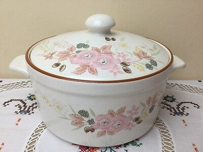 Boots Hedge Rose Casserole Dish 2.1/2 Pints Good Condition