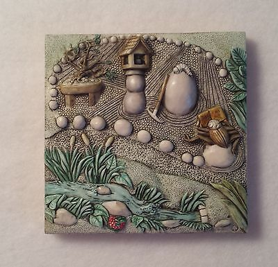 Picturesque Byron's Secret Garden - A Harmony Kingdom Tiles - Zen Garden