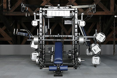 TYTAX T3-X Multi-Gym  Kraftstation Kraftmaschine mit Multipresse und Power-Rack