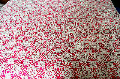 "Vtg Hand Crochet Lace Bedspread Light Ecru Puffed Petals 90"" X90"" Made In Italy"