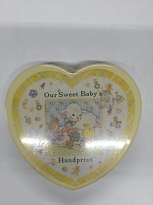"Our Sweet Baby's Handprint  ""Baby's Hand Print Kit "" New Heart Shaped Box     A3"