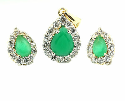 9ct Yellow Gold Pear Emerald & Simulated Diamond Halo Pendant & Earring Set