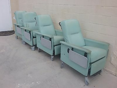 Champion 54 Series Patient Recliner / Transporter Medical Chair w/ 2 Side Tables