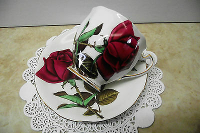 """Vtg Royal Standard Tea Cup """"english Rose"""" Large Hand Painted Red Rose  England"""