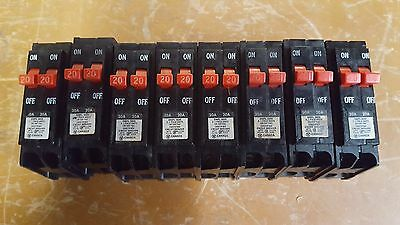 Lot of 8 WESTINGHOUSE DNPL2020 CIRCUIT BREAKER Used in perfect condition