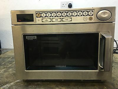 Samsung CM1029 Heavy Duty 1000w Commercial Microwave. with warranty