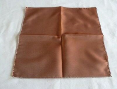 BNWOT Silk Blend Italian Pocket Square/Hankerchief in Rust/Tan Coloured Design