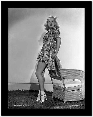 Betty Grable Posed in a Sexy Printed Dress High Quality Photo