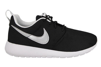 new arrival 7de25 ebc66 Chaussures Femmes Trainers Sneakers NIKE ROSHE ONE GS 599728-021