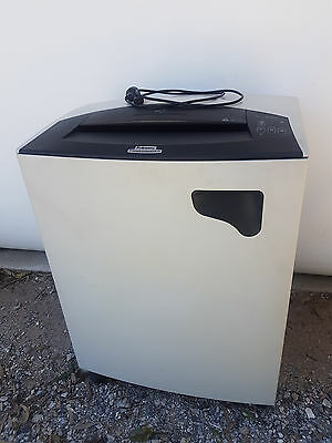 Fellowes Powershred C-380 Strip Cut Shredder