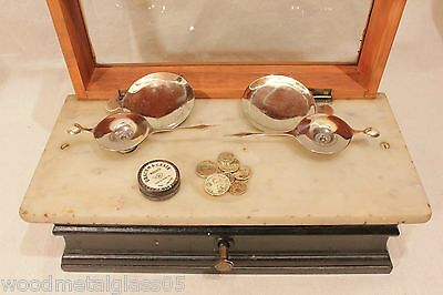 Antique Apothecary Pharmacy Balance Scale With 10 Drachm / Scruple Coin Weights