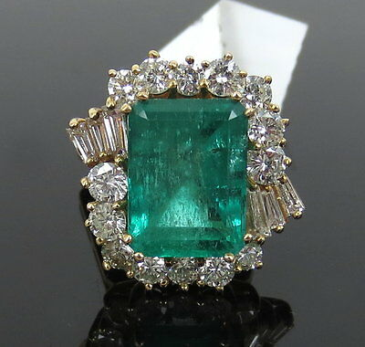 Vintage 6.0ct Colombian Emerald & 1.90ct Diamond 14K Yellow Gold Ring