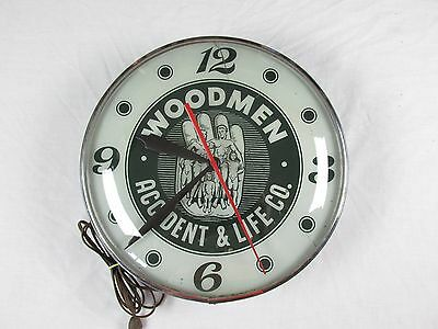 Vintage WOODMEN ACCIDENT & LIFE CO Insurance Bubble Glass Clock Very RARE