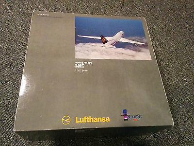 Inflight200 1:200 Diecast IF744004 Lufthansa 747-400 'Bremen' *SOLD OUT*
