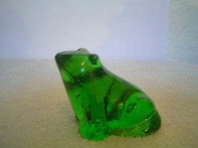 Vintage Clear Green Glass Frog/toad Figurine