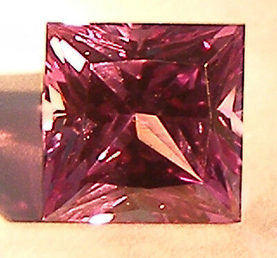3.71CT. EXCELLENT PRINCESS CUT 8x8 MM. COLOUR CHANGE ALEXANDRITE SIMULATED GEM