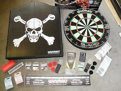 Winmau Blade 4 Competition Dart Board , Skull Cabinet, Darts and Extras