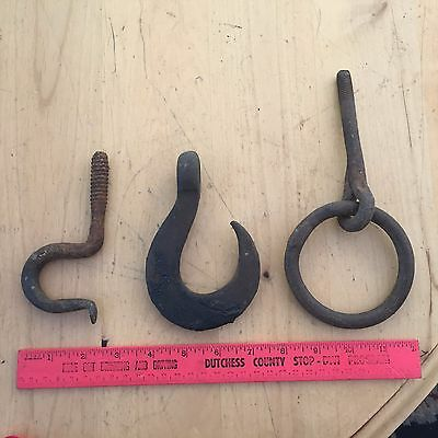 Vtg Lot of 3 Hooks Round Hitch Thick Rusty Claw Screw In Wall Hanger Cast Iron