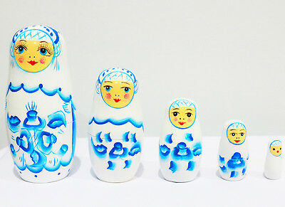 New 5Pcs/set Wooden Dolls Matryoshka Nesting Russian Babushka Toys Gift White