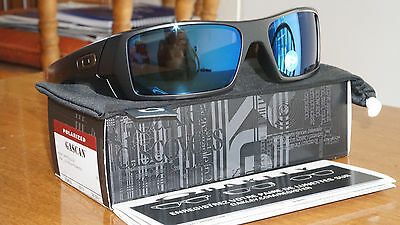 cerakote oakley gascan 3b3f  New Authentic Oakley Gascan Matte Black/Ice Iridium Polarized 26-244