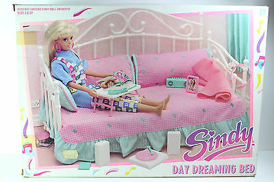 Vintage Rare Sindy Day Dreaming Bed 1989 Hasbro Ascesories Open Box Sealed Bags
