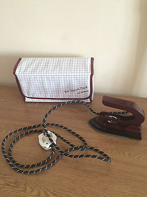 IDNA Travel Iron With Travel Bag Good condition